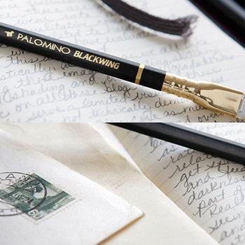 シックでエレガントな大人の鉛筆。黒にゴールドがクラシカルでとても上品です。大事に使いたくなる鉛筆ですね。
