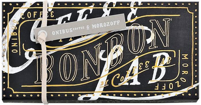 コーヒーの抽出液とアイリッシュウイスキーをブレンドした可愛らしいかたちのオリジナルボンボンです。