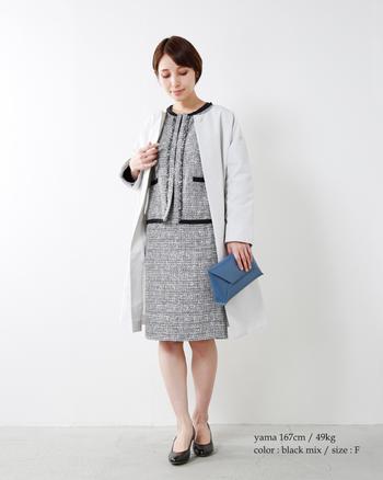 こちらのESPEYRAC(エスペラック)のジャケットとスカートは、上品なラメ糸を織り交ぜた奥行きのある生地が華やかな雰囲気。ジャケットもスカートもシンプルなデザインなので、セレモニーシーンはもちろん、デイリーにも着回しやすいアイテムです。異素材のジャケットやワンピースと合わせれば、さらに着こなしの幅が広がりそうですね。