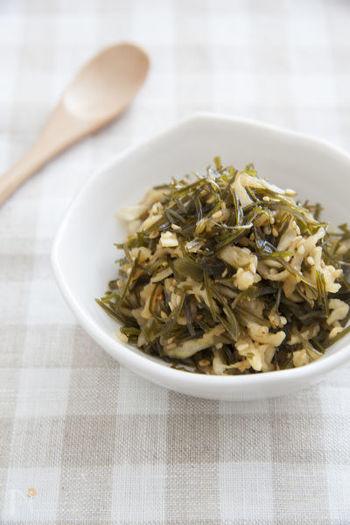 糸切昆布を使った乾物ふりかけは、熱湯で戻して炒めるだけなのでとっても簡単!一緒に混ぜ込んだ切干大根の歯応えもよく、自然の旨味たっぷり堪能できます。