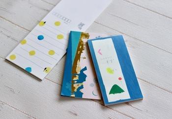 ちょっとした贈り物やお返しをしたい時、モノだけでなく気の利いたメッセージを添えて送りたいですよね。そんな時に使いたいのが「一筆箋」です。短冊形の小さなお手紙で、様々な色柄のものが販売されています。 以前は和風の絵柄が多く若者向けの柄は少なめでしたが、現在はモダンな柄やひと工夫ある柄も多数見つけられます。お気に入りの柄を手元に置いておいて、ぜひ気軽に使ってみてはいかがでしょう。