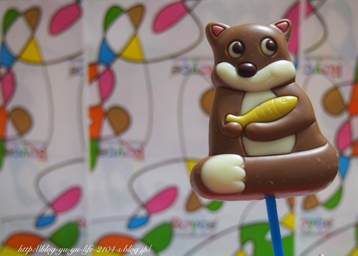 """美味しいものがたくさんある北海道。お土産の種類も豊富で何を買おうか迷ってしまいますよね。 愛らしい表情の、動物型チョコ「ロイズポップチョコ」は、""""生チョコ""""で有名な北海道のお菓子メーカー「ロイズ」の商品。まろやかな甘さのミルクチョコレートがベースになっています。"""