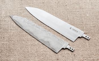 刃の部分は、主に本職向け和包丁の鋼材として使われている銀紙三号と、切れ味が鋭く見た目もカッコいいダマスカス鋼の2種類。