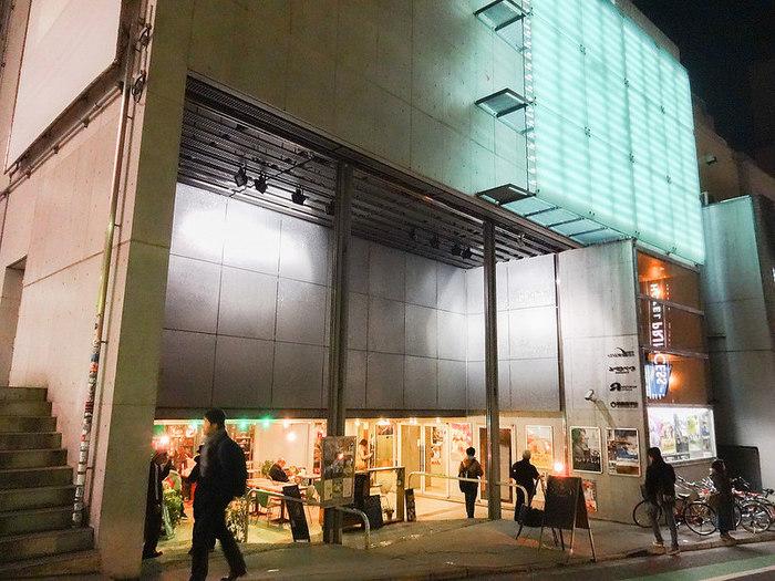 「渋谷らくご」は、渋谷のユーロスペース2階で、毎月第二金曜から5日間連続10公演しています。初心者でも落語通でも楽しめる「ホンモノ」の演者を厳選しています。なんの予備知識がなくてもOKの落語会です。