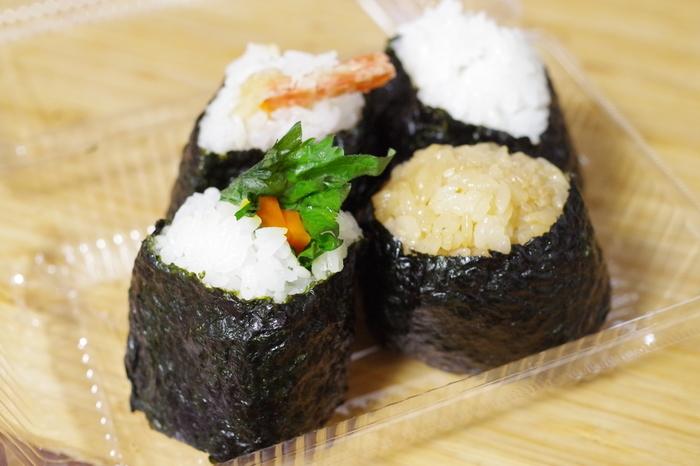 大きなおにぎりだと種類がたくさん食べれないし…という方におすすめなのが、埼京線の十条駅から徒歩4分の所にある「蒲田屋 」。