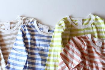 シンプルながらも、コーディネートの幅をぐんと広げてくれるボーダーTシャツ。今回の記事を参考に、春らしい着こなしを楽しんでみてくださいね。