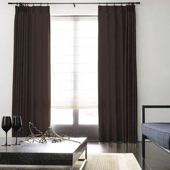 カーテンやカーテンレールは窓枠より高い位置に取り付けてみませんか?縦の長さが目を引いて、天井を高くみせることができますよ♪