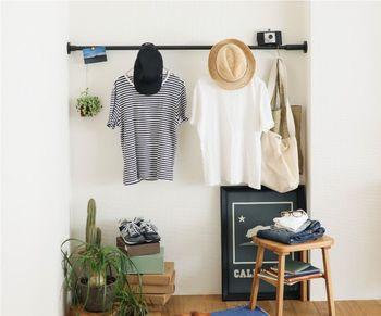 突っ張り棒の収納アイデア。玄関、キッチン、洗面所、色んな場所に使えます♪