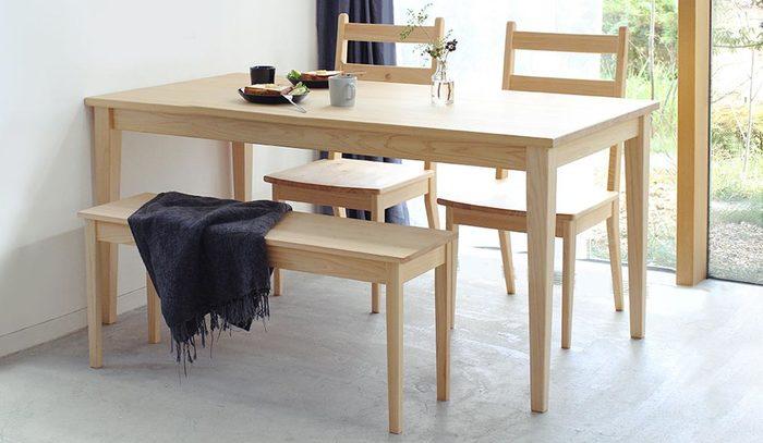 """""""日本の木""""にこだわって製造している「キシル」では、サイズを自由に設定できるオーダーテーブルの注文生産を行っています。今まで、サイズで思い通りのダイニングテーブルがない・・・と悩んでいた方も、きっと思い通りのテーブルを作ることができるかもしれませんよ♪"""