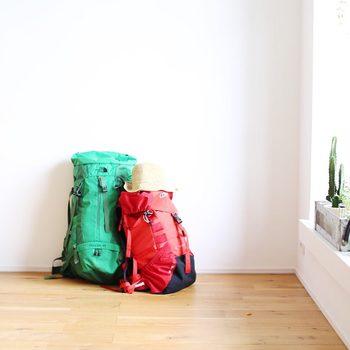 身軽であることは、快適な旅の重要ポイント。ひとつで何役もこなせるアイテムを使ったり、必要最低限の荷物で色々と工夫したり…。大変なようで、きっと楽しいことなんです。身軽な荷物で、良い旅を♪