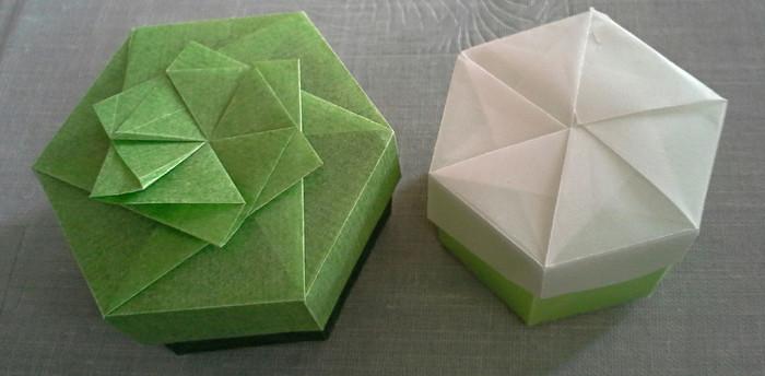 折り紙だけでも小箱は作れます!大きめの折り紙を使ったり、包装紙を切って使ってもOK。折るという楽しみも味わってみてくださいね♪