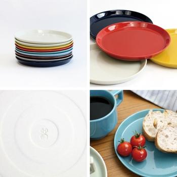 日本的な発色が特徴的なHASAMI(ハサミ)ブランドのシリーズ。積み上げることができ、場所を取らず実用的です。リーズナブルなので、何色かそろえ、その日の気分で使うのも素敵。赤や黄色などチューリップを思わせる色合いで、春らしい食卓を演出してみませんか。
