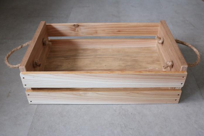 材料もかさばらないのも魅力です。はじめて作られる場合は、板がズレないようボンドで仮止めしておくのもおすすめ。穴あけドリルがあると便利ですよ。