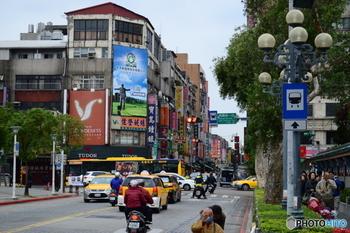 台湾フードといえば、夜市やB級グルメのイメージが強いですが、実は朝食もおいしいものがたくさん!  とっても早い台湾の朝。 開店が早いお店では、朝4時頃から営業している食堂もあるんですよ。