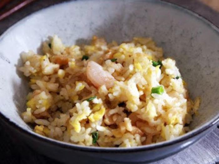 エビと切り干し大根を使った炒飯「菜脯蝦仁蛋炒飯」。  冷凍庫にシーフードミックスがあれば手軽に作れますね。  お弁当にも◎