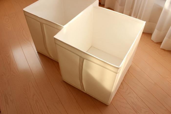 イケアの収納箱は、安くて軽くて、取っ手がついていて高いところの収納にうってつけ。容量もたっぷりの大き目サイズです。