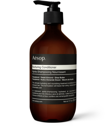 シャンプー・コンディショナー。 使用感は抜群でもちろん香りも楽しめます。髪質や頭皮別にいろんなラインナップがあります。冬のパサつく髪に。