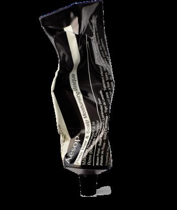 「ヘアースカルプモイスチャーマスク」。 ふんだんに保湿成分が配合されたこの集中トリートメントマスク。フローラル、ウッディの香りで絹のようになめらかで贅沢な使い心地です。