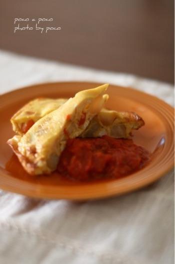 和食の肉じゃがが、朝ご飯やブランチに食べたいスペイン風オムレツに。卵を混ぜて焼くだけの簡単レシピなので、ぜひ真似してみてくださいね。