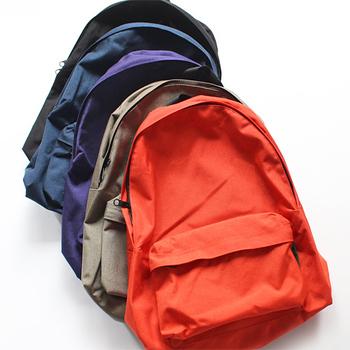 エルベシャプリエというと、トートバッグのイメージですが、最近では機能性の高さからリュックも人気です。アクティブ派のあなたにもぴったり♪