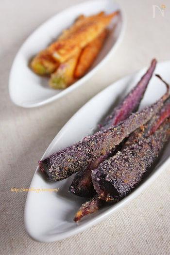 ●蒸し人参のにんにく醤油フライ 野菜の栄養は皮の部分に多く含まれることは、よく知られていますよね。こちらは、皮ごと揚げておいしく食べられるメニュー。転がすように揚げ焼きすると、中がホクホクに仕上がります♪