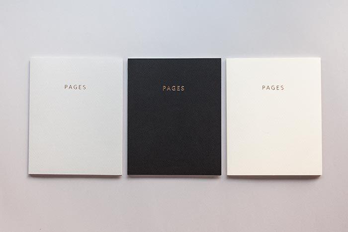 素材、形、書き心地で選ぶ、『TETO』のこだわりいっぱいのノート達。 「ただ書ければいい…」では無く、「このノートに書きたい!」と思える素敵なノートばかりです。仕事で、おうちで、お出かけに…いつも一緒に寄り添って行ける一冊を、みなさんも見つけてみませんか!