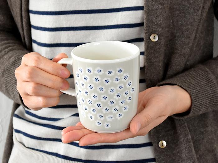 いかがでしたか? ペアのマグカップやティーカップを大切な人と一緒に使うことで、距離感はグッと縮まります。お揃い&お気に入りのカップで、日々のティータイムを素敵に彩ってみてくださいね♪