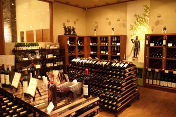 もちろん、気に入ったワインの購入も可能です。