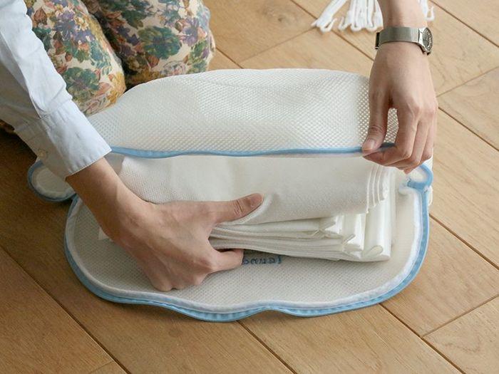 キレイに畳んでから洗えばシワになりにくく干すのも楽です。そのままカーテンレールに干せば簡単ですよ。 花粉対策でカーテンを選ぶなら、花粉が付着しにくく落としやすいポリエステル製がおすすめ。洗っても乾かしやすいので洗濯がもっと楽に♪