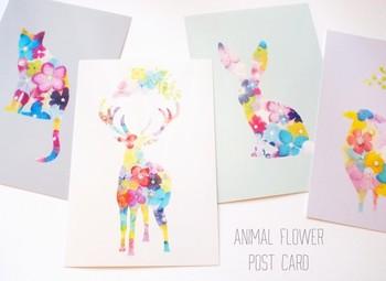 素敵な言葉には素敵なメッセージカードを。大事なあの人に似合う色や柄、デザインのカードをセレクトしてみましょう。