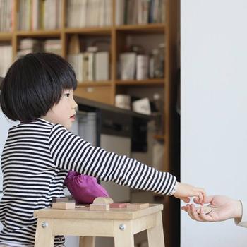 お店屋さんごっこで楽しく遊びながら、お金の使い方や算数などを学べる嬉しいアイテム。実際にお買い物をする前の練習にもなりますね♪