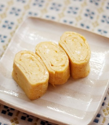こちらはきび砂糖を使ったレシピです。卵・きび砂糖・塩とごくシンプルな材料ですが、だからこそおいしい!お子さんにもきっと気に入ってもらえる味です。