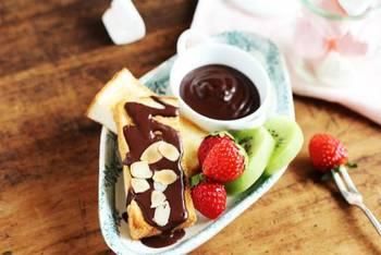 参考にできそうなものはありましたか?^^どれも美味しそうでしたね♡ぜひ、お好きな材料でチョコレートフォンデュを楽しんでみてください♪