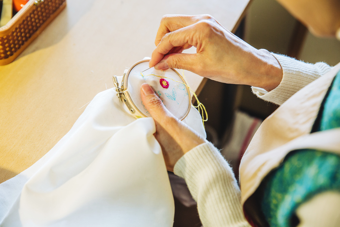 【最終回】minne×キナリノ「ハンドメイドのある暮らし」 刺繍/布小物作家・FABBRICAさん