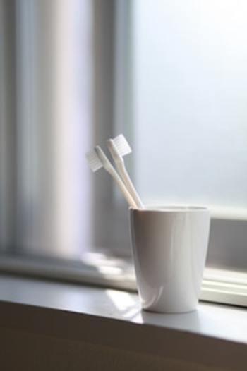 歯の健康を保つ一番の方法は、正しいブラッシングをすることです! テレビを見ながら、雑誌を読みながら、の「ながら磨き」になってしまって、ちゃんと意識して磨いている方は少ないのでは?