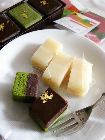 いかがでしたでしょうか。旅行に行けば、お土産はマストなもの♪和菓子の町・金沢を訪れたときは、ぜひ美味しくてかわいい素敵な和菓子を、手土産にしてみてくださいね。きっと旅の幸せ気分を、品よくおすそ分けできるはず。