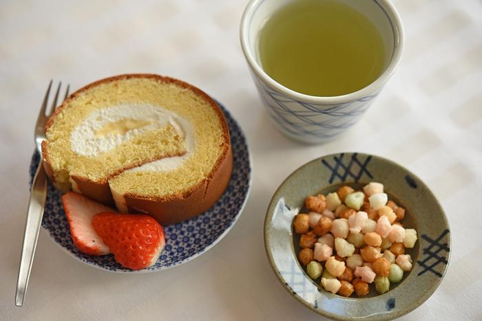 冨田家では「子どものお祝い事だから!」と、ケーキも用意して食後のデザートを楽しむことが恒例になっているそう。ひなまつりの行事食でもある「ひなあられ」も、この時期ならではの楽しみですね。