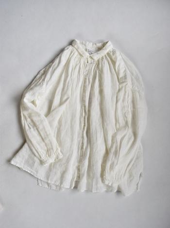 春のお洋服は軽やかで見ているだけでワクワクしてきますよね。お家のクローゼットの中もそろそろ冬物から春物へシフトチェンジする頃。手持ちのアイテムを確認しながらぜひ春のお買い物計画を立ててみてくださいね!