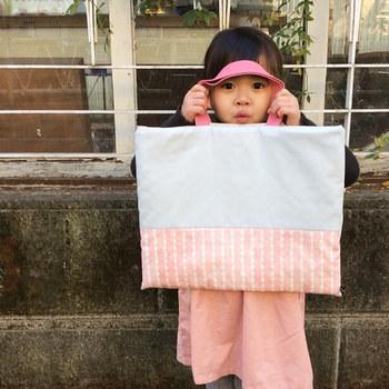 """総柄のバッグも素敵ですが、無地と柄地、柄と柄など""""切り替えアレンジ""""を楽しんでみるのもいいですね♪"""