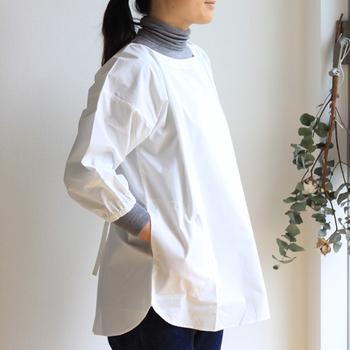 ロング丈は洋服をしっかりガードしてくれるけど、ちょっと見た目が重たいという方は、見た目もすっきりしたショート丈もあります。