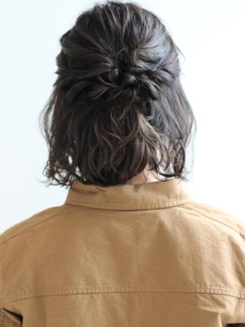 髪の多い方は2つ以上のくるりんぱを合わせるのがおすすめです。