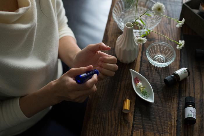美人度がアップする手肌と指先のケア。特に保湿やUV対策などは、毎日継続することが重要です。ぜひ参考にして、手元のキレイを一緒に育てていきましょう♪