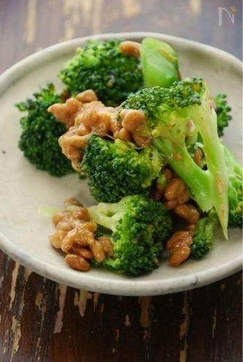 ごま油、にんにく、お味噌のパンチの効いた味付けで、ご飯が進むおかずになりますよ◎。にんにくを使えない場合は生姜を入れても美味しいです。シンプルながらも、やみつきになるレシピです。