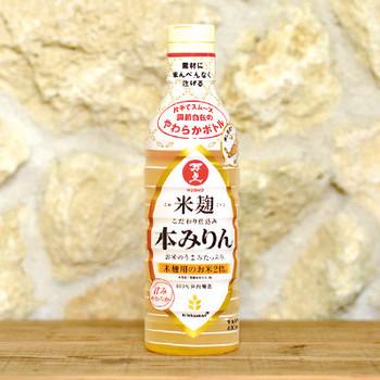 アルコールと糖分を多く含む本みりんは、低温で保存すると糖が結晶化して固まってしまうので、開栓後も冷蔵庫ではなく常温で保存するのがおすすめです。