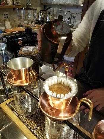 酸味が少し強めのコーヒーが苦手な方でも、飲みやすいオリジナルブレンドドリップ。程よいコクと酸味が特徴です。