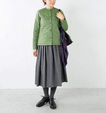 キルティングジャケットといえば「LAVENHAM(ラベンハム)」が有名ですね。メンズもレディースも様々なデザインを展開しています。