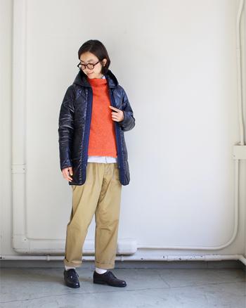 キルティングジャケットはカジュアルスタイルの強い味方です。可愛く着たり、ボーイッシュに着たり、様々な着こなしが楽しめます。今年は去年よりもデザインが豊富に出ているので、ぜひお気に入りの一着を見つけてみてくださいね。