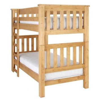 はしごも付いて使いやすそう。わんぱく兄弟にも良いですが、可愛らしいベッドマットにすれば、女の子にもぴったりです。