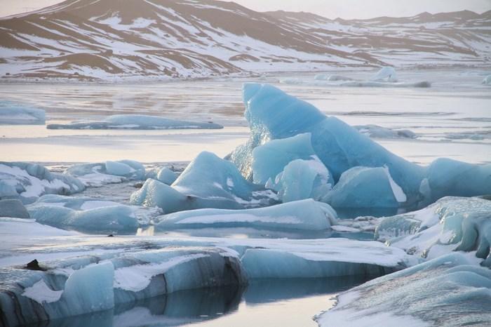 アイスランドの水は世界で最もきれいな水と言われており、蛇口をひねると天然水がそのまま流れ出てきます。水道水がミネラルウォーターだなんて、とっても贅沢ですね。