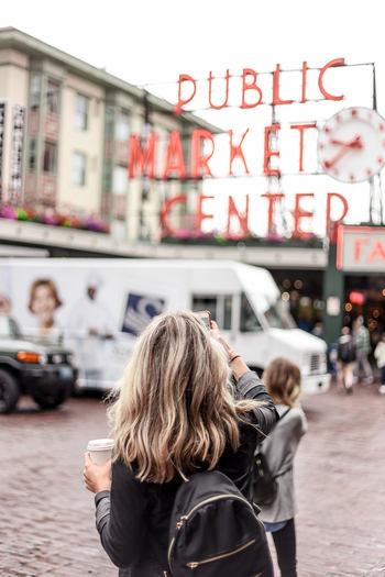 暮らしや食の楽しみを豊かに彩ってくれる「マルシェ」の楽しみ方や、全国で開催されているマルシェの情報をご紹介しました。都心の暮らしの中で、つい忘れがちな季節感や自然の豊かさ、人のぬくもりを味わわせてくれるマルシェ。次の週末には、ちょっぴり早起きしてお出かけしてみませんか?